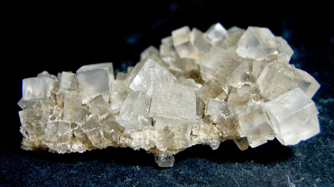 Colección de Minerales Fluorescentes - Página 3 Halite