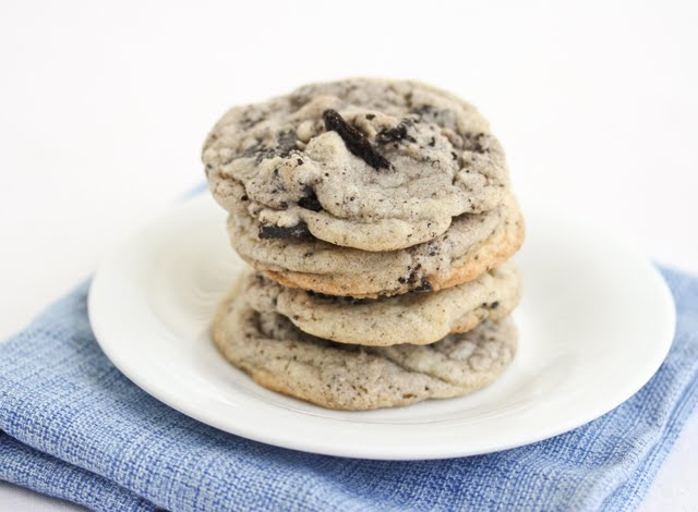 a stack of Chewy Cookies and Cream Cookies on a white plate