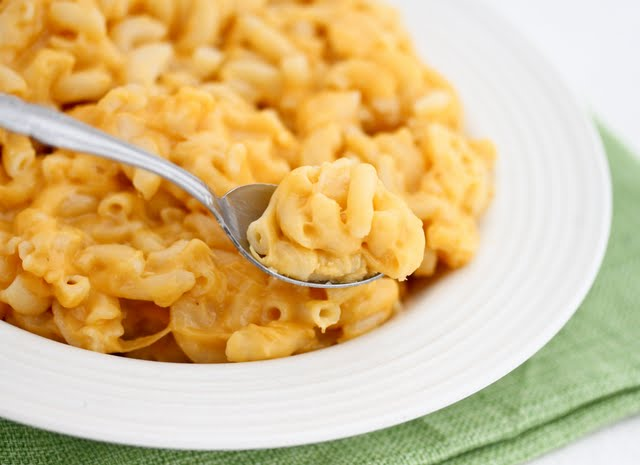 a spoonful of macaroni and cheese