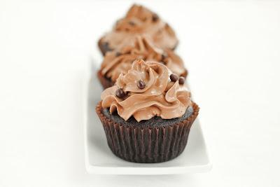 close-up photo of a chocolate cupcake