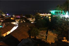Vista nocturna desde el Mirador - Antalya