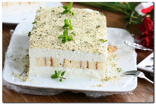Unbaked Cheesecake with Mint and Coconut