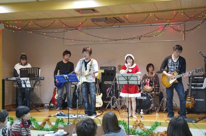 生バンドのコンサート