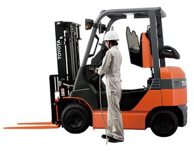 Xe nâng điện Toyota 8FB25 7FB25 0934172768