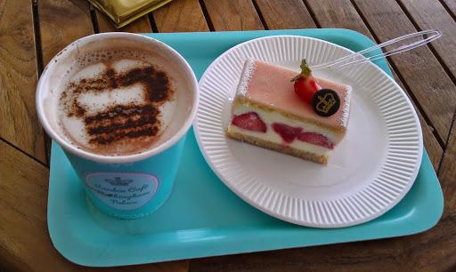 Buckingham Palace Cafe! #StudyAbroadBecause the world awaits you
