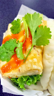 Mantou Khai Jiew: my second favorite with a Thai style scrambled egg ...