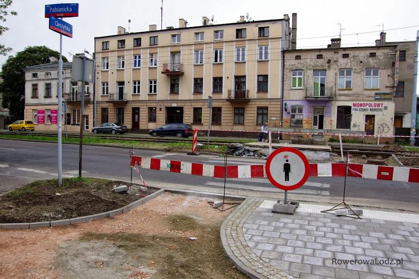 W tym miejscu będzie przejazd dla rowerów.