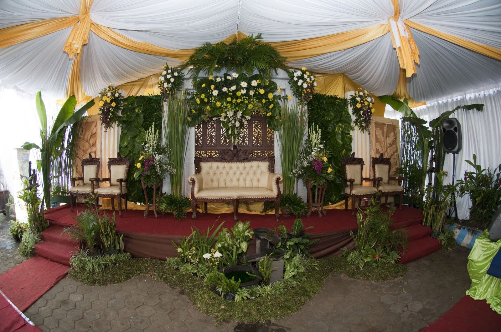 laila indah wedding dekorasi pelaminan pigora klasik dan