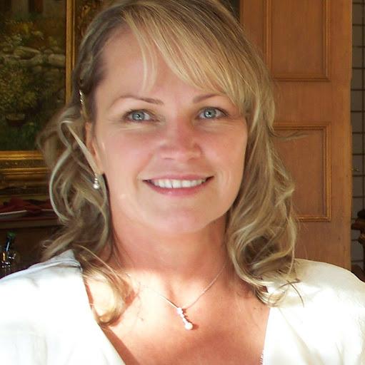 Kristen Johnston Photo 45