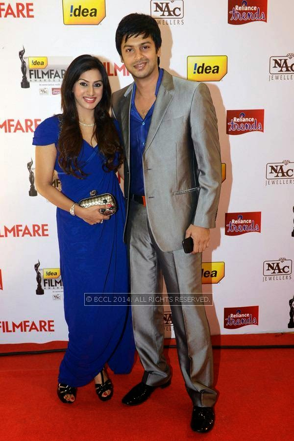Srikanth with his wife Vandana during the 61st Idea Filmfare Awards South, held at Jawaharlal Nehru Stadium in Chennai, on July 12, 2014.