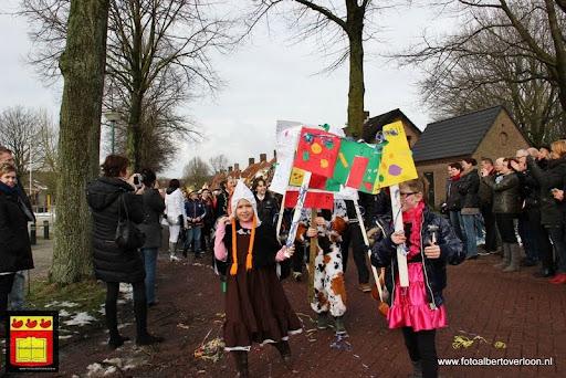 carnavalsfeest op school 08-02-2013 (40).JPG