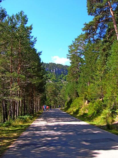 Un paseo por las nubes de Los Pirineos.. Los%2BPirineos%2B2014%2B029