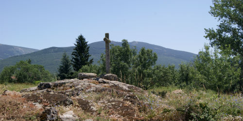 Cruz de canto en Sotosalbos