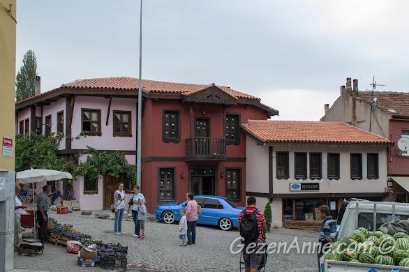 Bursa, Misi Köyü meydanı