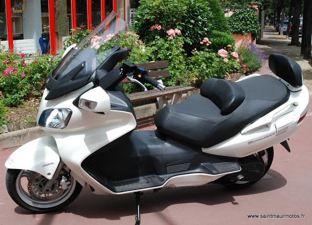 occasion suzuki burgman 650 blanc 2010 21200kms vendu saint maur motos. Black Bedroom Furniture Sets. Home Design Ideas