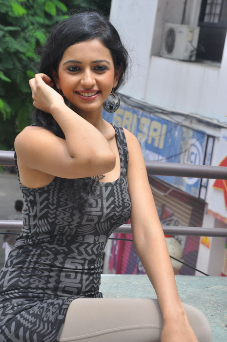 rahul preet spicy , rahu preet spicy cute stills