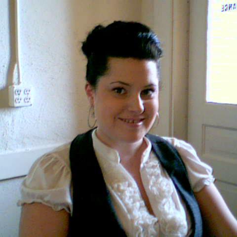 Elayna Hebert