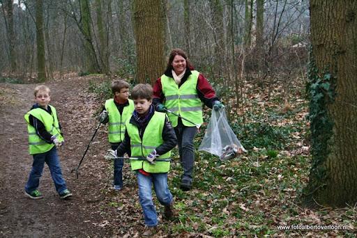 Landelijke opschoondag  Scouting overloon 10-03-2012 (64).JPG