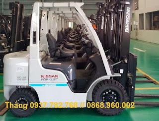 Xe nâng Nissan 2.5 tấn