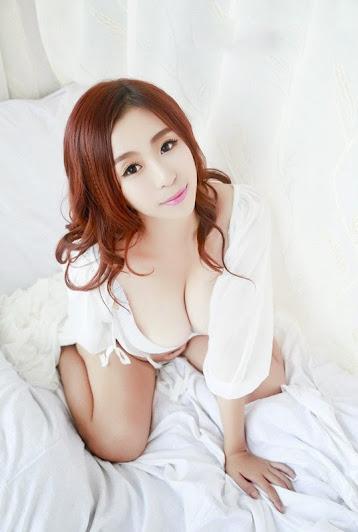 Cô nàng xinh đẹp sở hữu làn da trắng hồng
