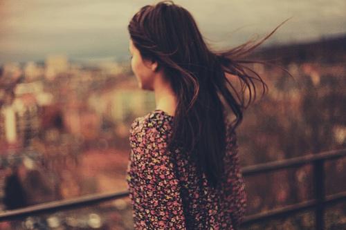 Thơ tâm trạng buồn của con gái