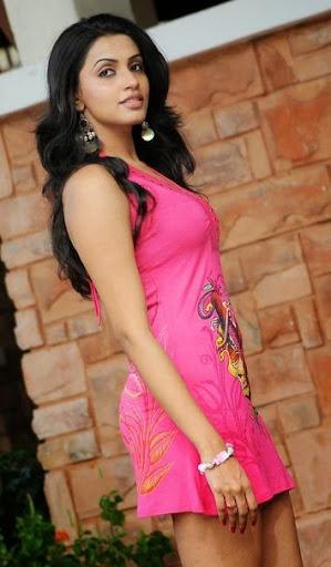 Akshara Gowda Photos
