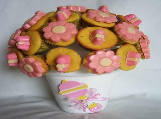 Pastelitos como decoracion para baby shower