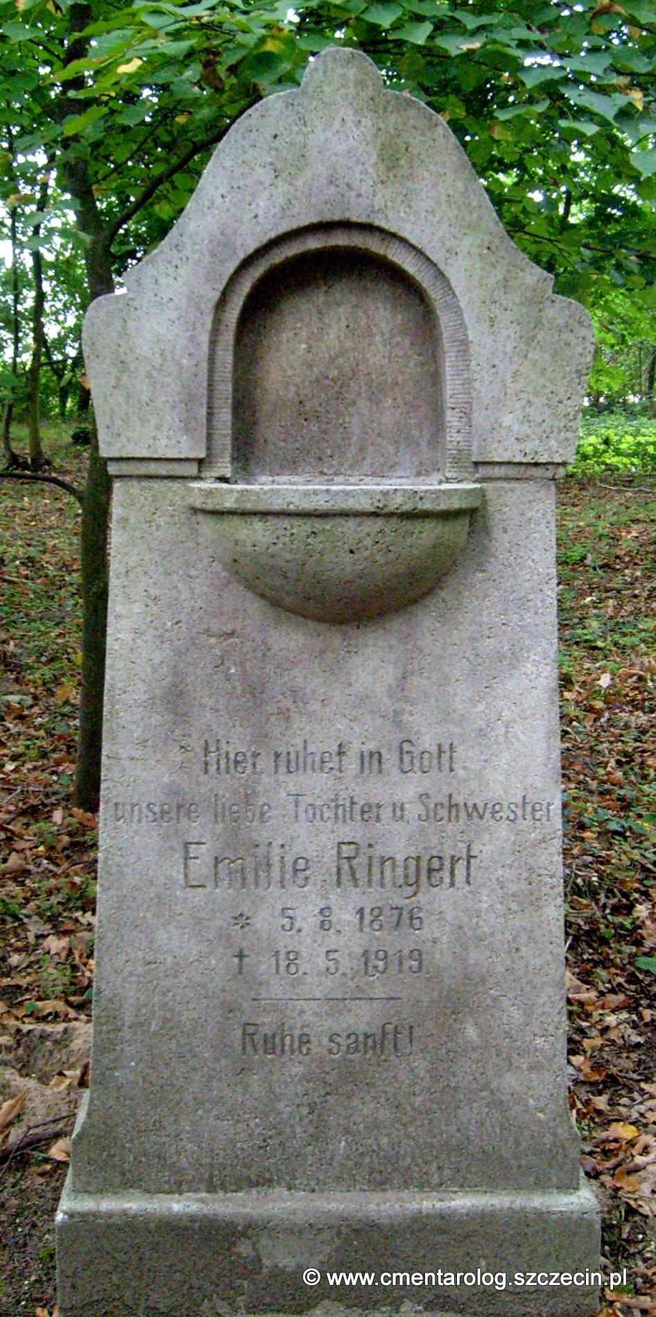 Nagrobek Emilie Ringert (fot. Agata Freindorf, 2009)