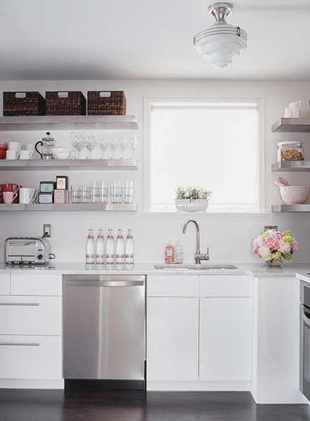 Xx In Cabinets To Go Above Kitchen Cabinets