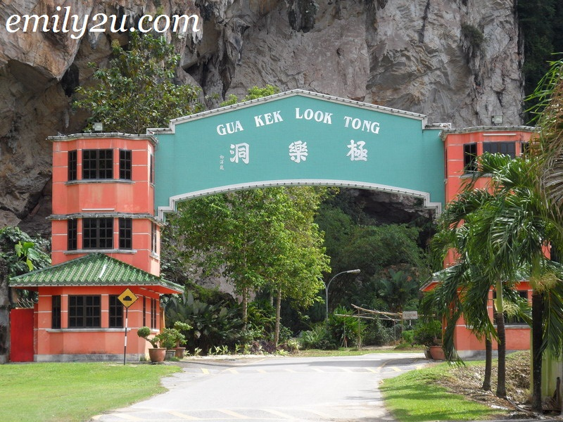 Kek Look Tong cave temple