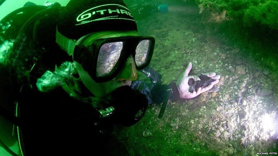Underwater Archaeology: Solent's Stone Age village 'washing away'