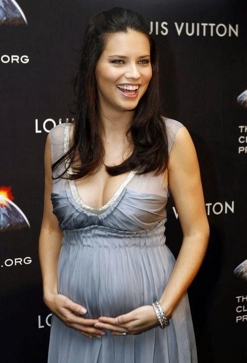 adriana_lima_pregnant.jpg