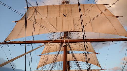 Mast and Sails.jpg