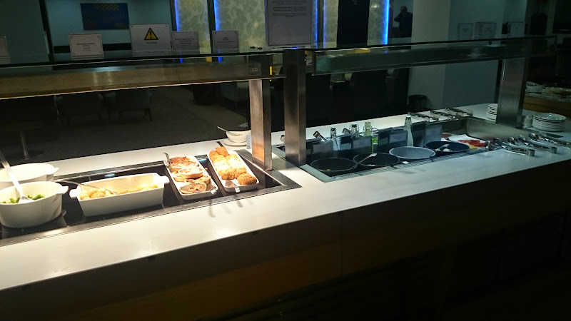 DSC 4583 - REVIEW - The Lounges of LHR T3 - EK, CX and BA (September 2014)