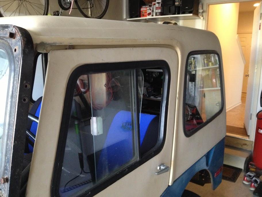 Fitting my Acme Fiberglass Hardtop   ECJ5