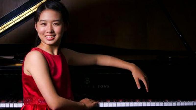 Pianist Sarina Zhang