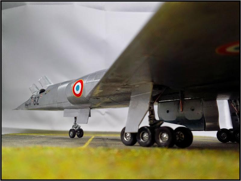 GAMD Mirage IV B. Un gros mirage IV, en scratch et au 72 IMG_20141007_195850