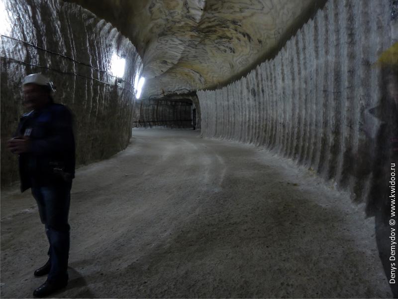 Результат работы комбайна Урал-20 КС в соляной шахте