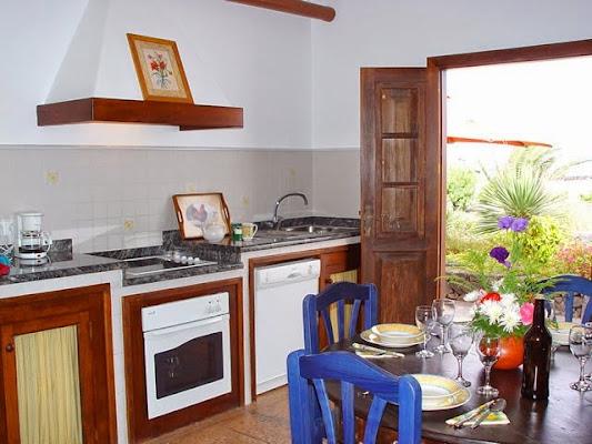 Finca Isabel Apartamentos con piscina en el centro de Lanzarote