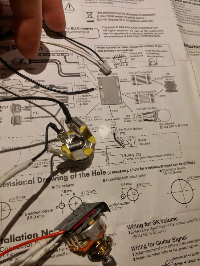 i've tried to capture all the parts and the diagram in the photo  you can  see the jack input, to the right the wiring diagram from the gk manual,