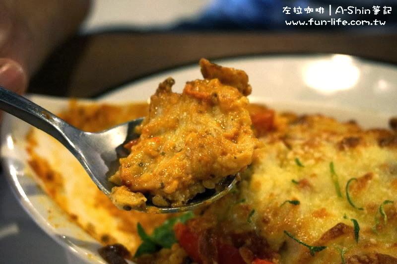 我喜歡雞肉的軟嫩-左拉咖啡館Zola-cafe