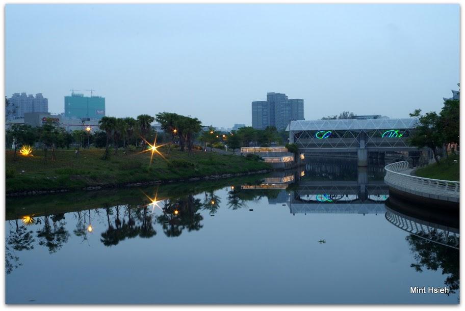 早上五點鐘@愛河心  (圖片6枚)