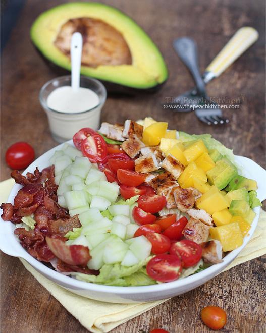 Tropical Cobb Salad with Garlic Dressing | www.thepeachkitchen.com