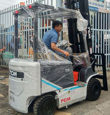 Xe nâng điện TCM 2.5 tấn Nhật Bản
