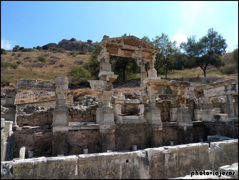 Fuente de Trajano de Efeso