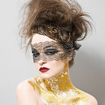 Máscara de renda
