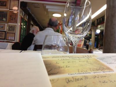 Burano, Trattoria da Romano, glass