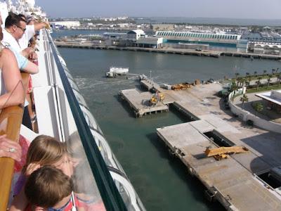 [Floride 2011 - Trip Report] WDW,DCL,USO,IOA,KSC,DC,BG,SW,ETC ... - Page 6 P5080592