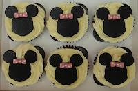 Cupcakes Amp Cupcake Towers Wedding Birthday Cakes Cake