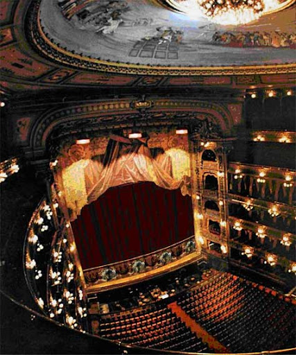 Teatro Colón (Calle Cerrito, 628)